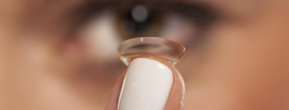 dlaczego warto nosic soczewki kontaktowe